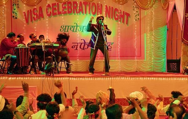 Arshad Warsi-Ronit Roy-Amit Sadh's Guddu Rangeela song Mata ka email gets Subhash Kapoor death threats!