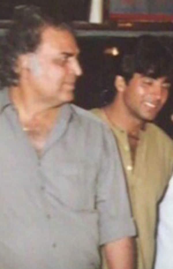 Akshay Kumar credits his father for his disciplined life!