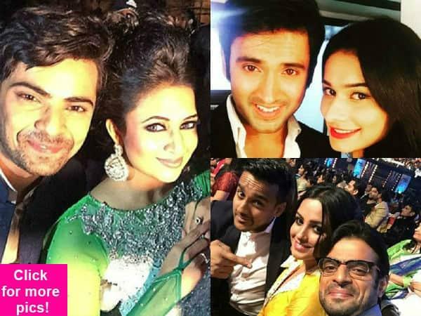 Star Parivaar Awards 2015: Check out Divyanka Tripathi, Aneri Vajani, Mishkat Varma, Karan Patel's selfie mania- view pics!