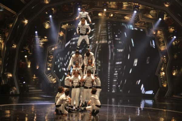 India's Got Talent finalist group X1X Dance Group rock the stage with their performance (1)
