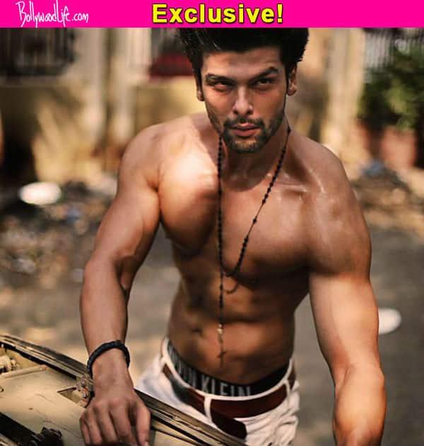 Kushal Tandon signs his first Bollywood movie