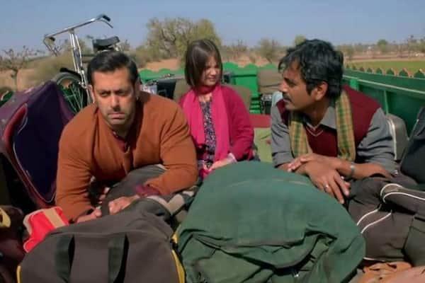Salman Khan calls his Bajrangi Bhaijaan co-star Nawazuddin Siddiqui theek-thaak!