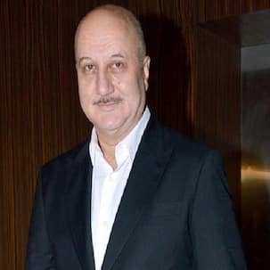 Anupam Kher pays tribute to the The Godfather, Marlon Brando!