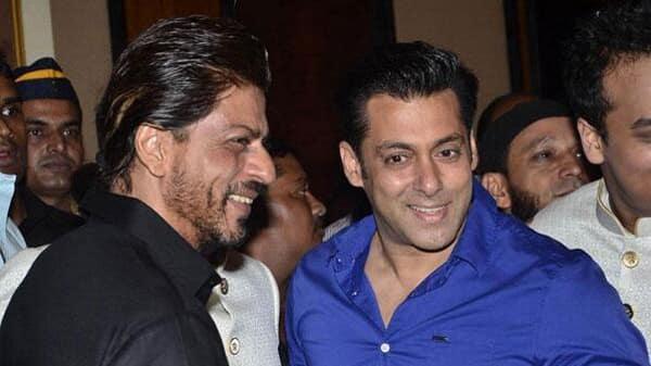 Salman-Khan-Shah-Rukh-Khan-Baba-Siddique-Iftar-Party-2014-Photos31715