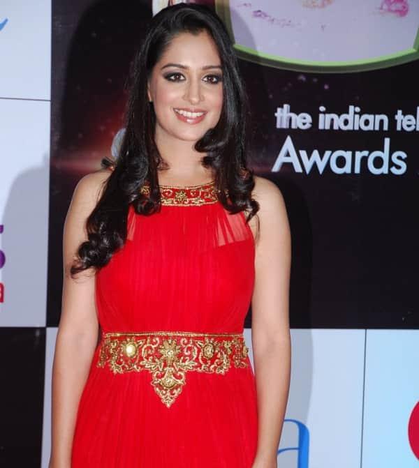 Sasural Simar Ka's Deepika Kakar injured, but for good!