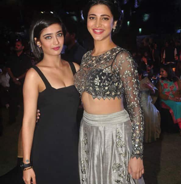 Shruti Haasan's sister Akshara reveals her style mantra!
