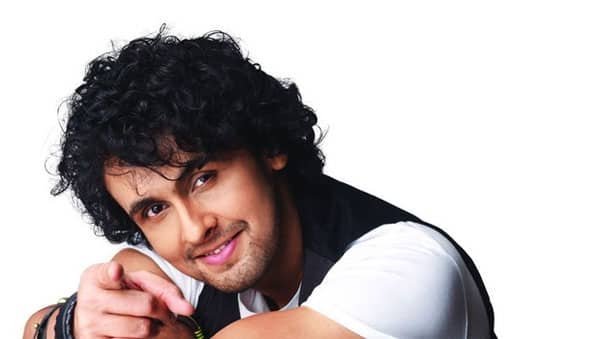 Unprofessional Sonu Nigam leaves the media high and dry again!