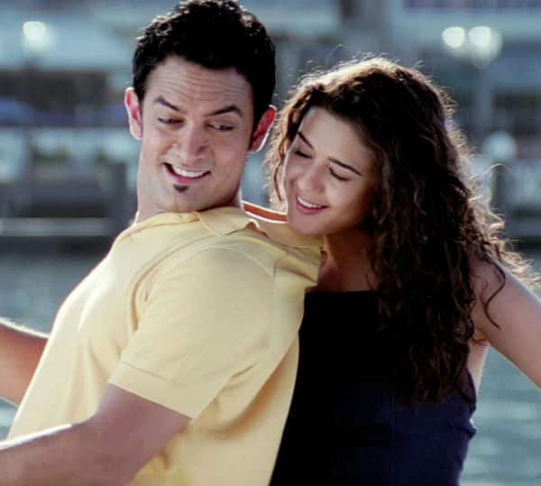 "SHOCKING! Aamir Khan ""choked"" Preity Zinta and she ""socked"" him during Dil Chahta Hai!"