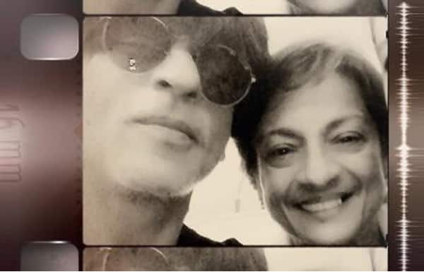 Have you checked out Shah Rukh Khan's selfie Kajol's mommy?