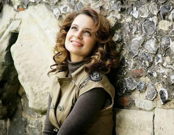 Kangana Ranaut spills details about her upcoming Rani Lakshmibai biopic and Rangoon!
