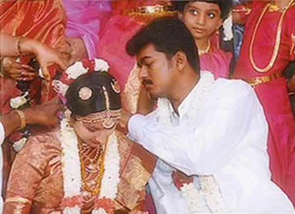 Vijay And Sangeetha Celebrate Their 16th Wedding