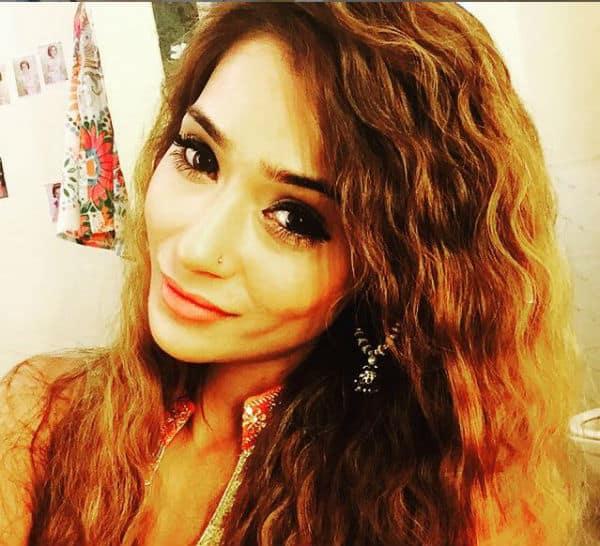 7 hottest instagram selfies of sara khan  view pics