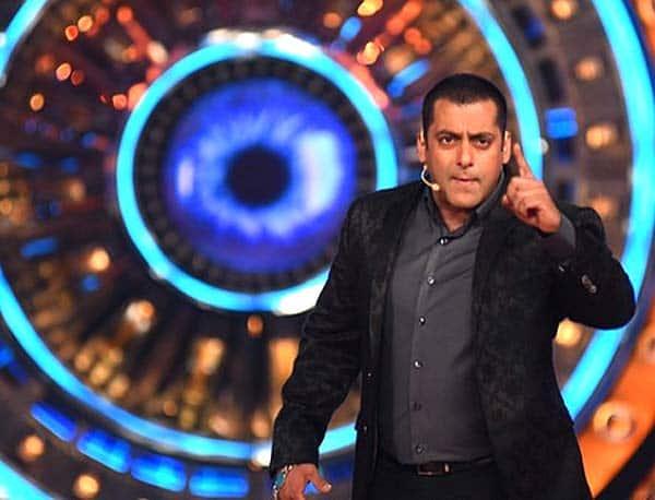 Bigg Boss 9: Salman Khan kick-starts the madness in all-black – view pic!