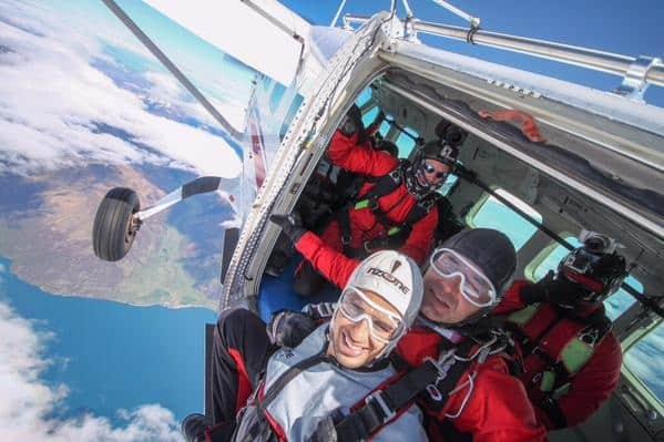 Sidharth Malhotra goes sky diving!