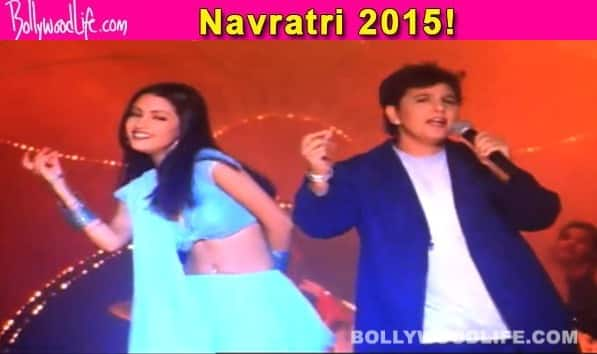 Navratri 2015 Song of the day: Enjoy this season of Dandiya with Falguni Pathak's Yaad piya ki aane lagi – watch video!