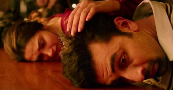 Tamasha song Agar Tum Saath Ho: Watch Deepika and Ranbir breakdown with pangs of love in this soul stirring AR Rahman number!