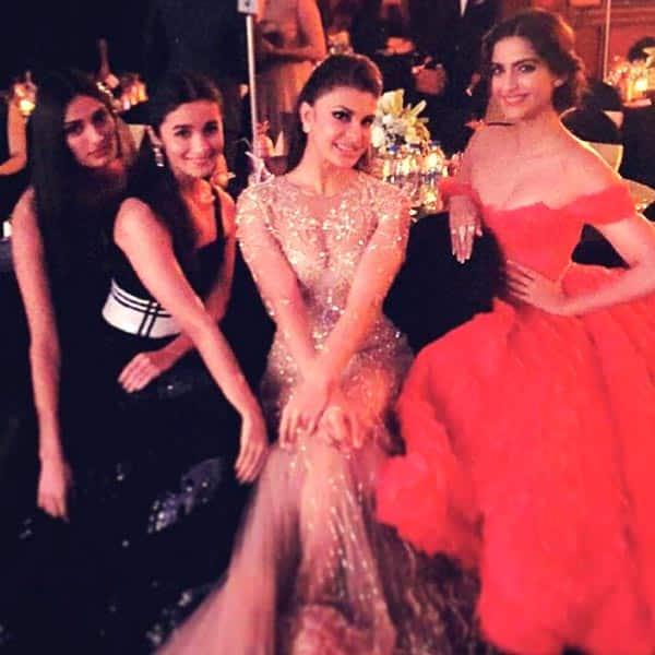 Sonam Kapoor, Jacqueline Fernandez, Alia Bhatt, Athiya Shetty make a smoking HAWT frame!