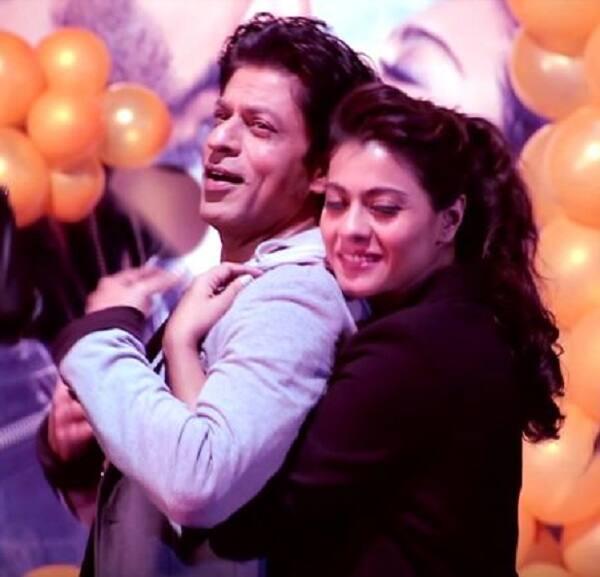 Shah Rukh Khan declares his love for Kajol – watch video!