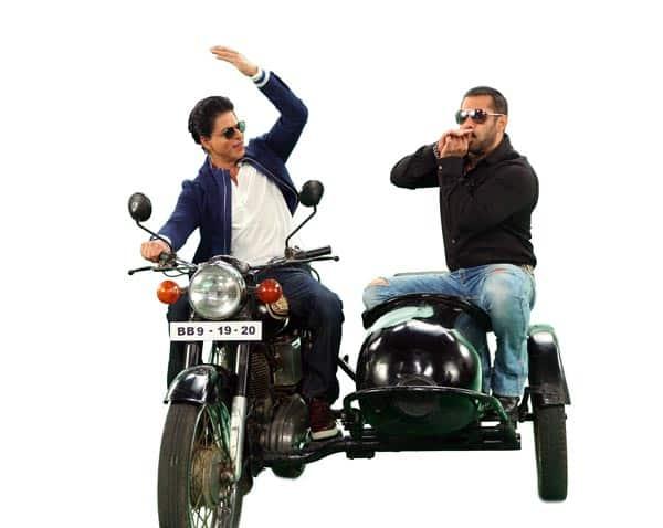 Salman-and-SRK-on-Bigg-Boss-93-(1)