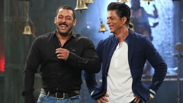 Bigg Boss 9: Salman Khan and Shah Rukh Khan arrive in Jai and Veeru style – view pic