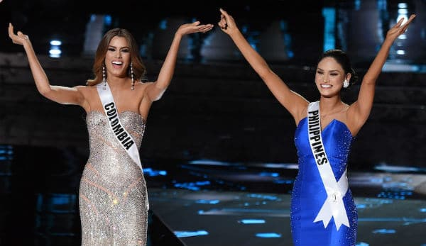 Miss Universe Pia Wurtzbach writes a heartfelt message to Miss Columbia post Steve Harvey's goof up!