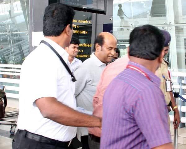 Rajinikanth detained at Chennaiairport?