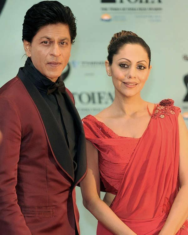 Something about Shah Rukh Khan upsets his wife Gauri!