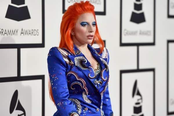 Lady-Gaga-2016-Grammy-Awards-David-Bowie-Grammys-7