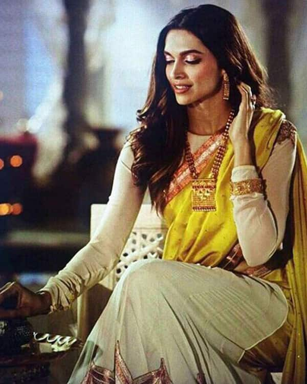 Dear deepika can you not look this awesome for once for Deepika padukone new photoshoot for tanishq jewelry divyam collection