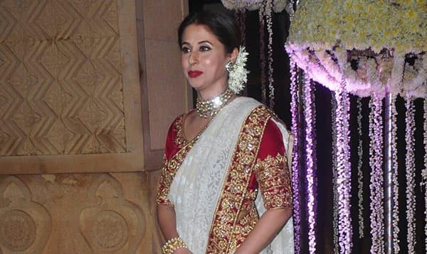 urmila matondkars radiant bridal look by manish malhotra