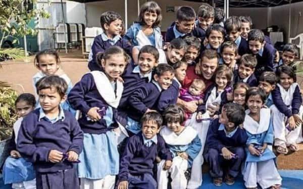 Meet Salman Khan's new co-stars of Sultan!