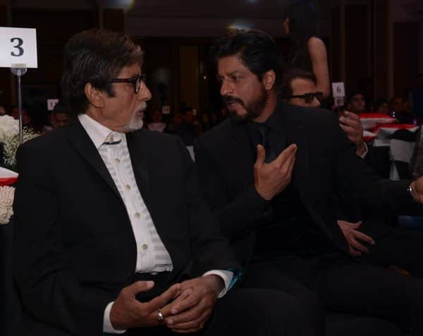 Shah Rukh Khan and Amitabh Bachchan's this Twitter chat will make you WORRY – check out tweets!