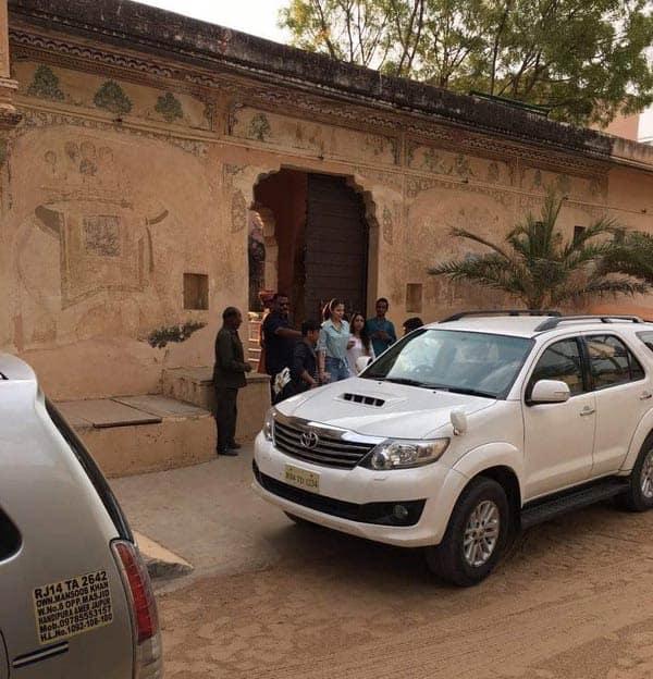 Ranbir Kapoor, Anushka Sharma and Fawad drive around on the sets of Ae Dil Hai Mushkil sets