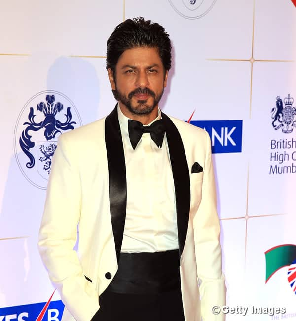Shah Rukh Khan just revealed his idea of a PERFECT MAN and it's damn FUNNY – watch video!
