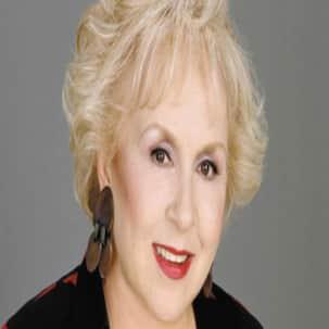 Everybody loves Raymond's beloved mother Doris Roberts passes away at 90