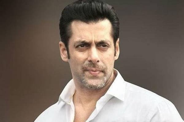 Rajasthan HC DEMANDS for the knife Salman Khan allegedly used to slit Chinkara's throat!