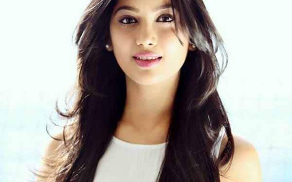 Digangana Suryavanshi posts HILARIOUS video from her Indonesia trip!