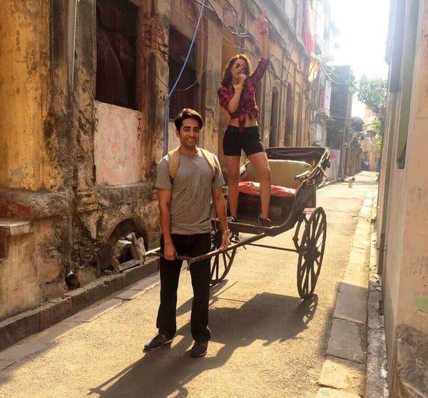 Ayushmann and Parineeti SPICE up the Kolkata streets in this first still from Meri Pyaari Bindu!