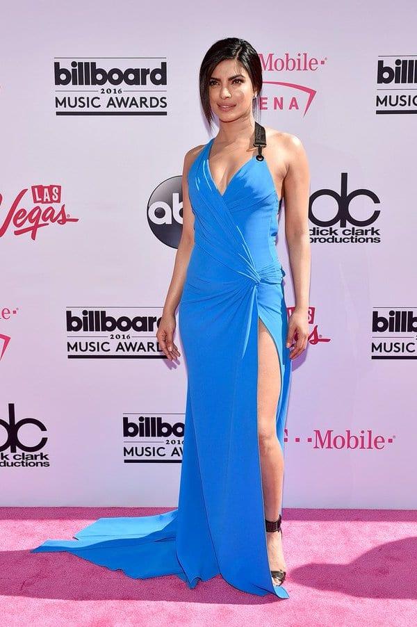 Priyanka Chopra poses for the shutterbugs at the Billboard Music Awards 2016