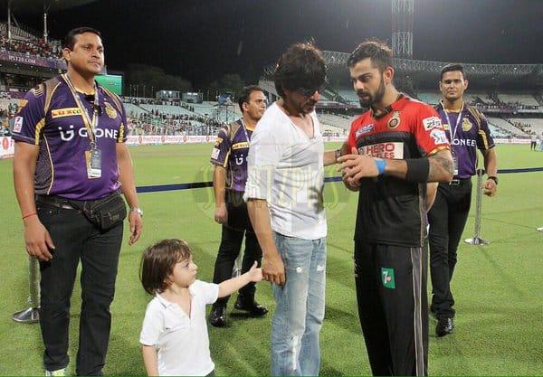 shah rukh khan, abRam and Virat Kohli at Eden Gardens at the IPL match