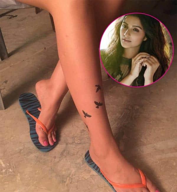 Parineeti Chopra teases us with a sneak peek of her look from Meri Pyaari Bindu – view pic!