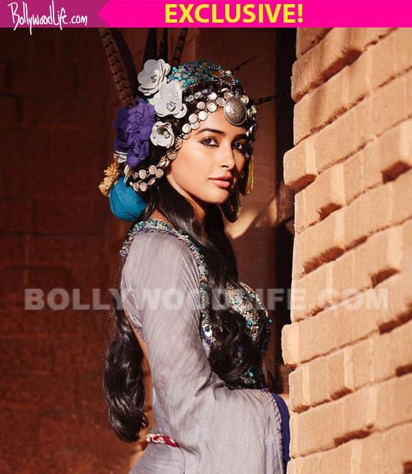 Mohenjo Daro director Ashutosh Gowariker REVEALS why he chose Pooja Hegde as Chaani, The Chosen One!