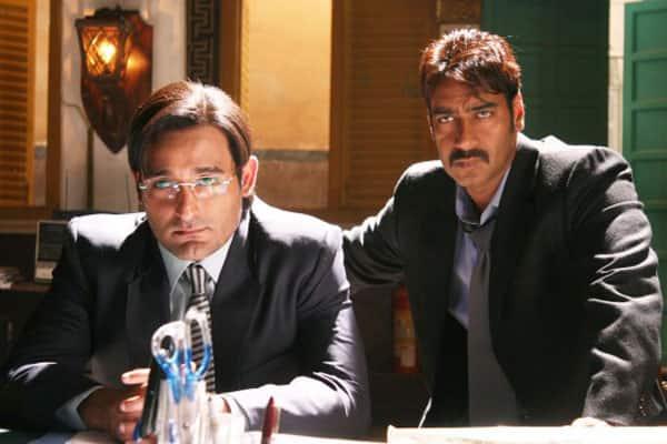 Akshaye-Khanna-and-Ajay-devgn2