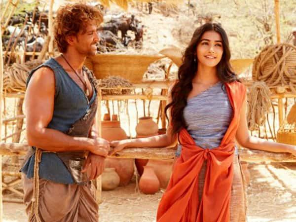Mohejo Daro song Sarsariya:  Hrithik Roshan and Pooja Hegde's innocence and a soothing melody make this song a treat!