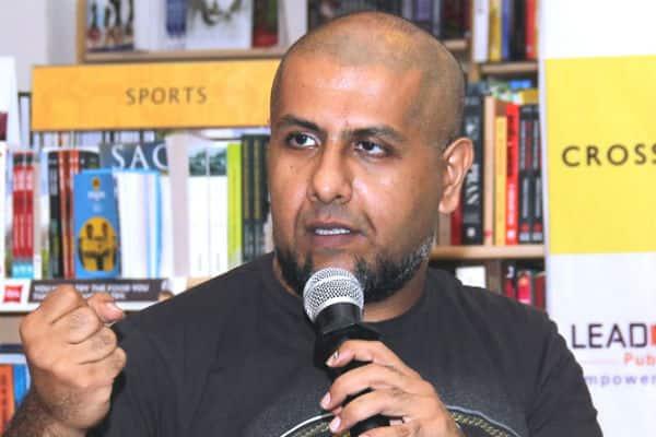 Finally Bollywood music composer vishal Dadlani apologies to jain muni Tarun Sagar