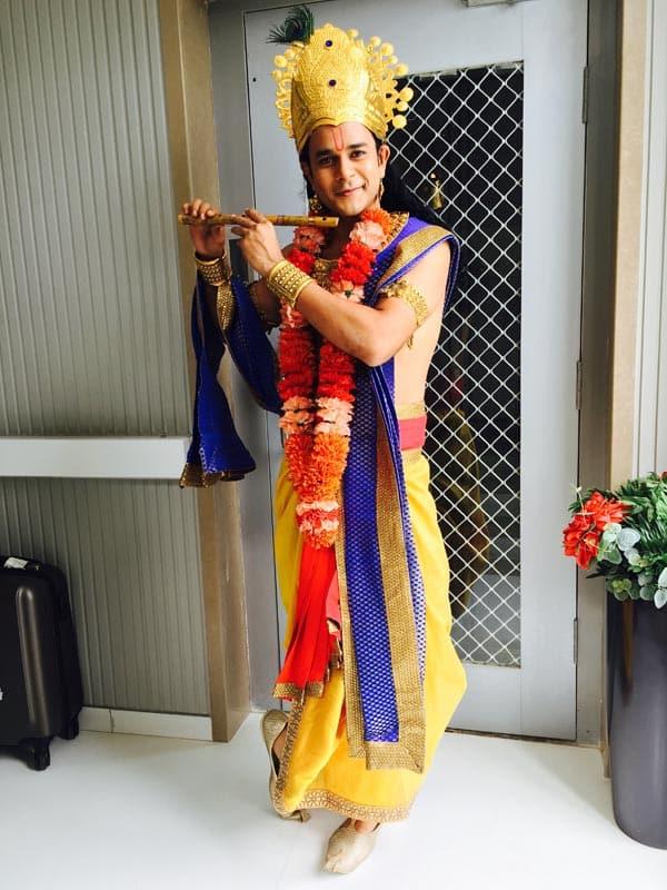 Jay-Soni-as-Krishna