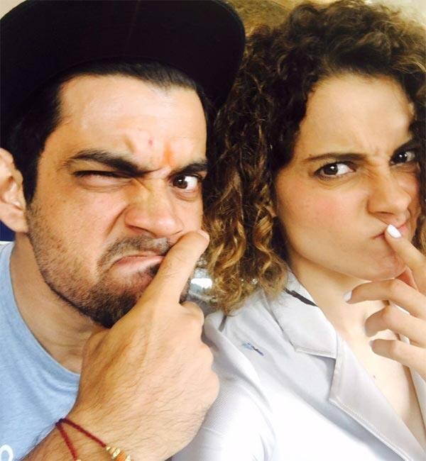 Kangana Ranaut celebrates Rakshabandhan with brother Akshat with these goofy pics!
