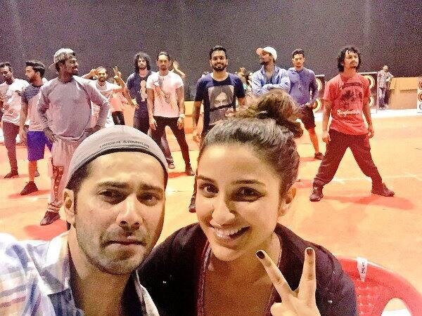Parineeti Chopra INJURES her foot while rehearsing with Varun Dhawan!
