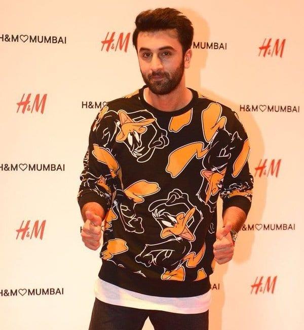 ranbir Kapoor at H&M store 7