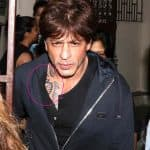 Shah Rukh Khan spotted with a TATTOO! Is it for his next? - view HQ pics!